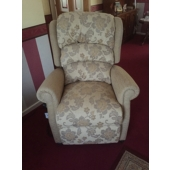 M/M Munks from Huthwaite - New Newark electric rise and recliner in Pembroke fabric