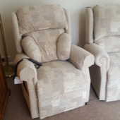 M/M Smith from Bilsthorpe - New Nottingham electric recliner in Caledonian fabric
