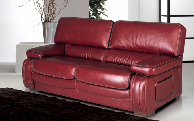 FELICITY LEATHER SOFA